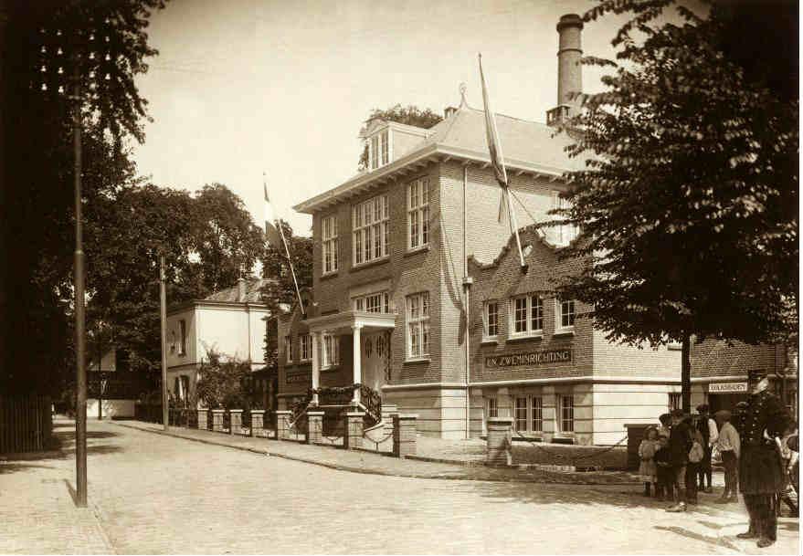 Badhuislaan+1913.jpg